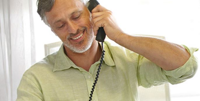 Five reasons small businesses use VoIP phone systems image