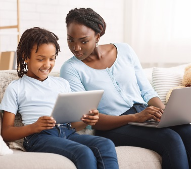 Protecting kids online image